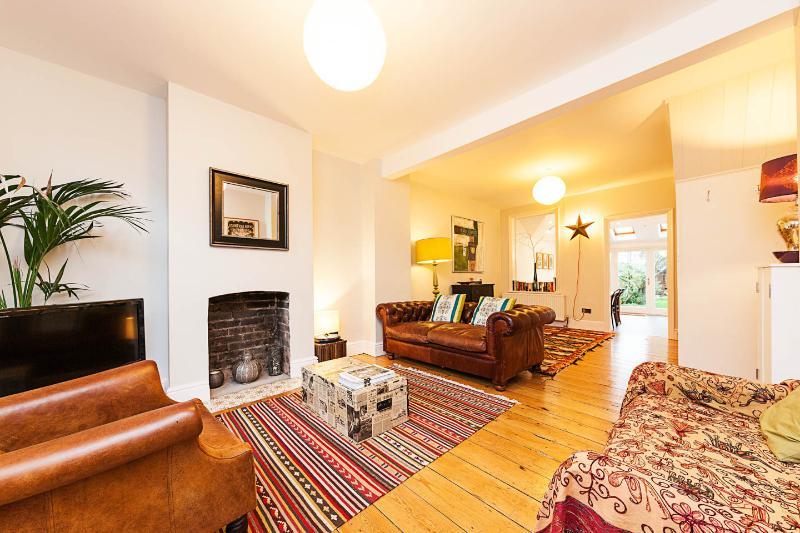 Canterbury Cottage, Cambridge, UK, holiday rental in Madingley