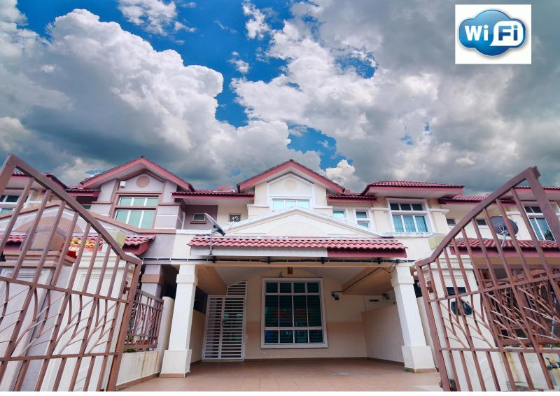 Singstay guesthouse, holiday rental in Johor