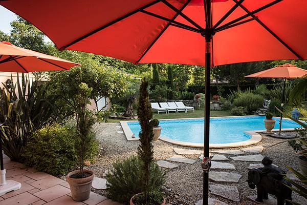 Studio avec vue directe sur la piscine