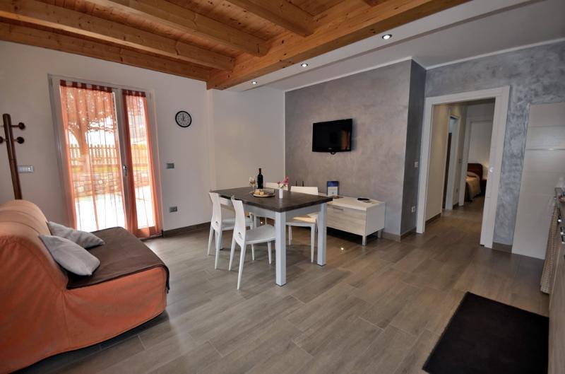 Casa Guetti Appartamenti Terme di Comano, location de vacances à Lasino