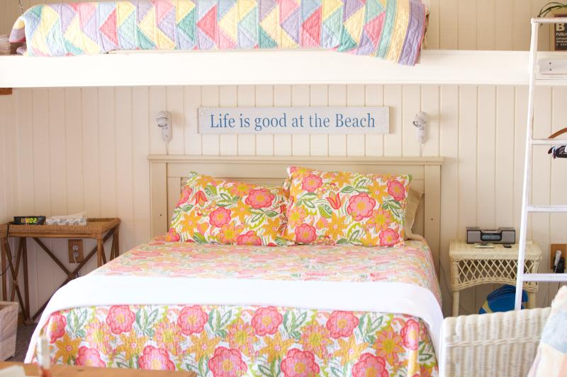 Upper Suite Queen Bed and Natural Light for a beautiful start to your vacation stay!