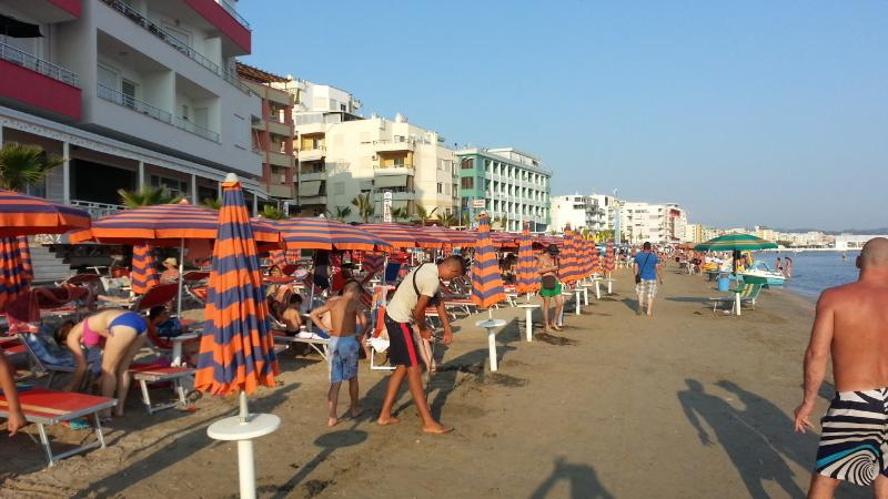 Rooms to rent in Durres Plazh/Durazzo Beach, location de vacances à Comté de Durres