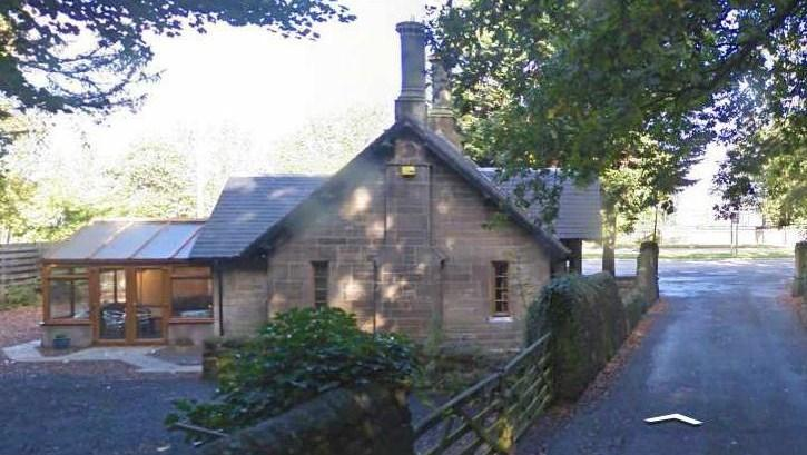 The Lodge House, near RHS Royal Highland Show, convenient for Edinburgh airport, holiday rental in Newton