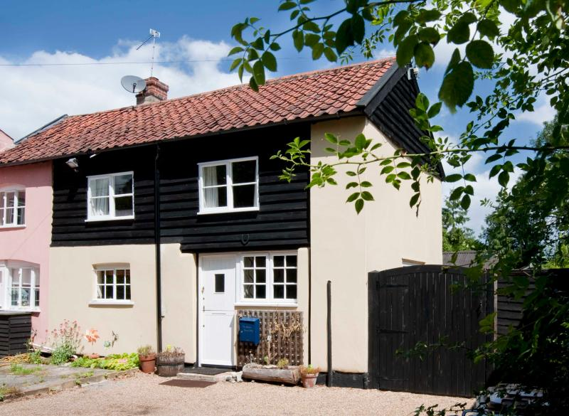 The Annexe to Berry Cottage, holiday rental in Halesworth