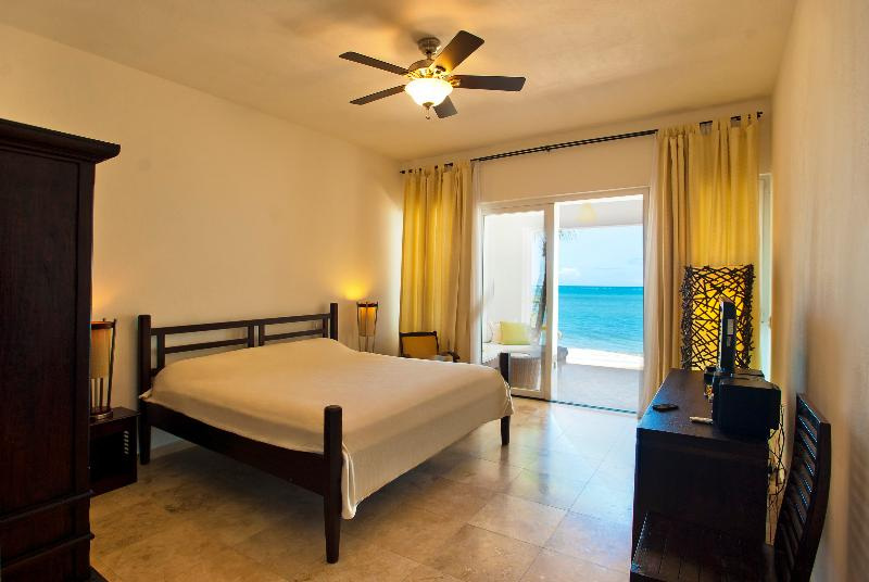 Master Bed Room with Oceanview