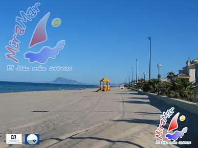 Blaue Flagge Strand