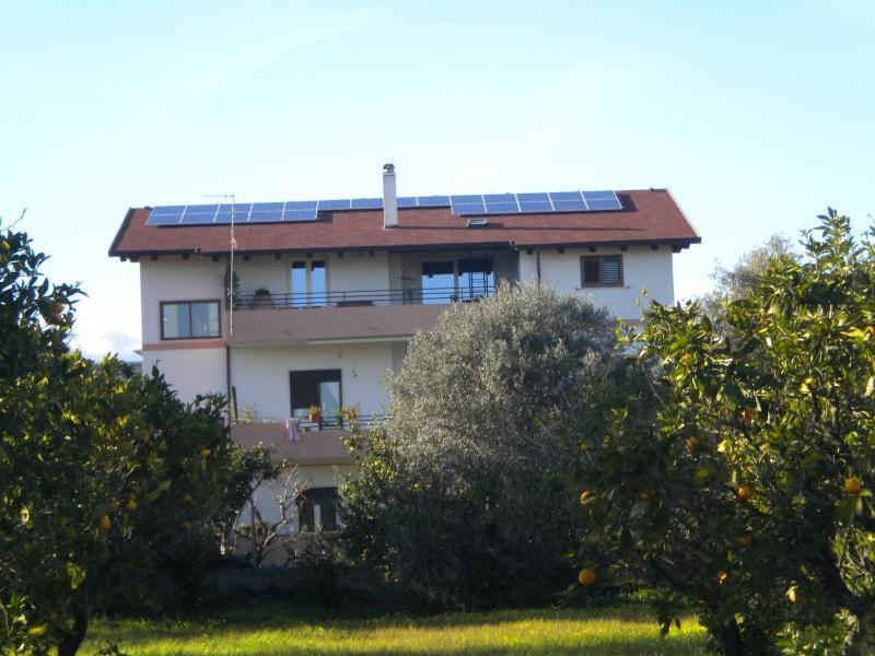 Appartamentino arredato, holiday rental in Gioiosa Ionica