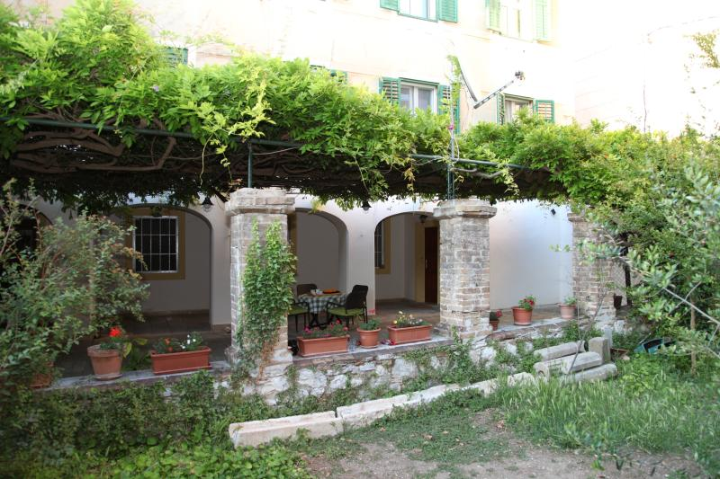 Heart of the City apartment, vacation rental in Sibenik