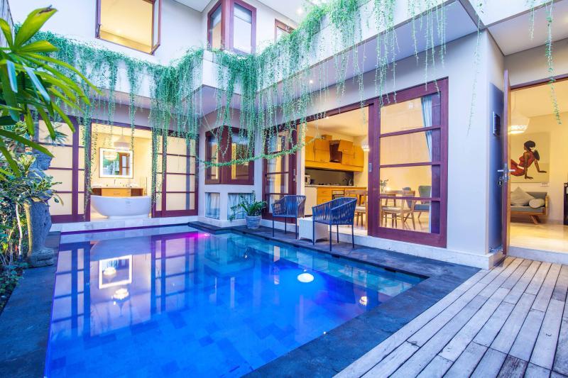 Legian 2 bedroom Beautiful Bali Villas, holiday rental in Legian