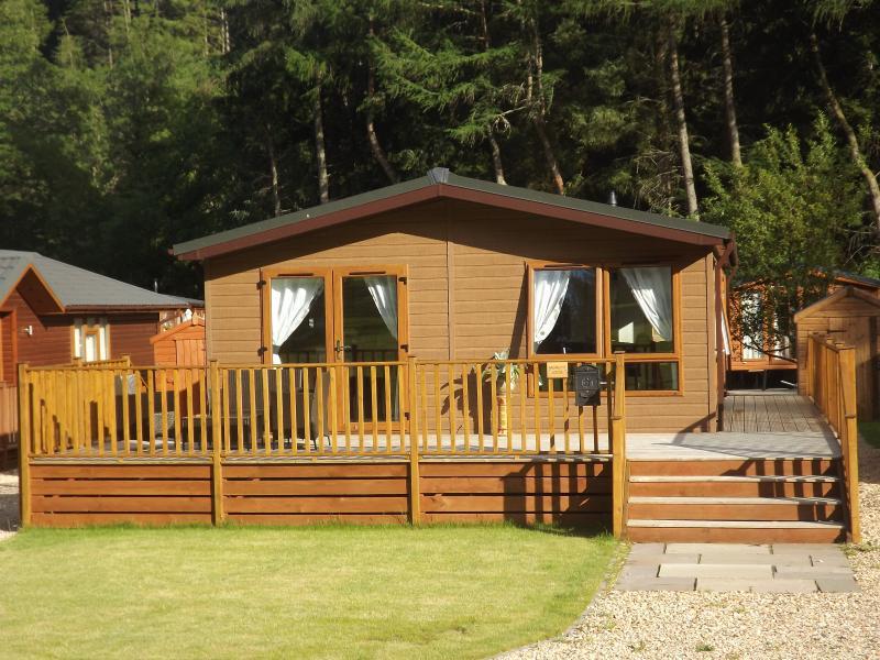 Muirlinn Lodge, holiday rental in Rumbling Bridge