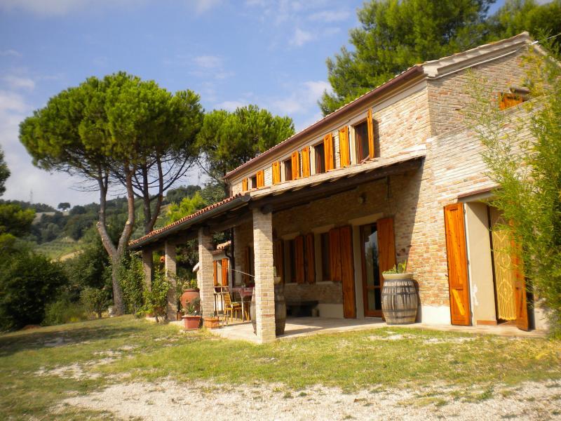 Villa Ottani, holiday rental in Fratte Rosa