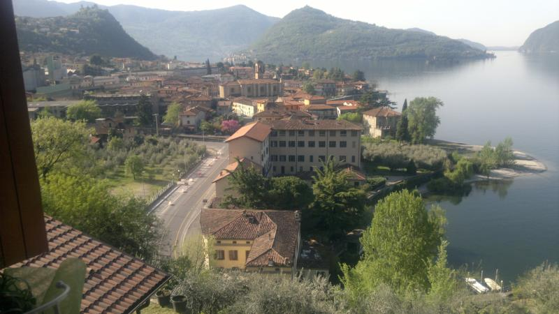 Casatragliulivi  casa vacanze, Ferienwohnung in Marone