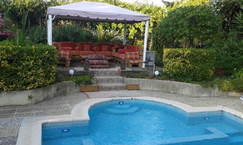piscine  poolhouse transats solarium