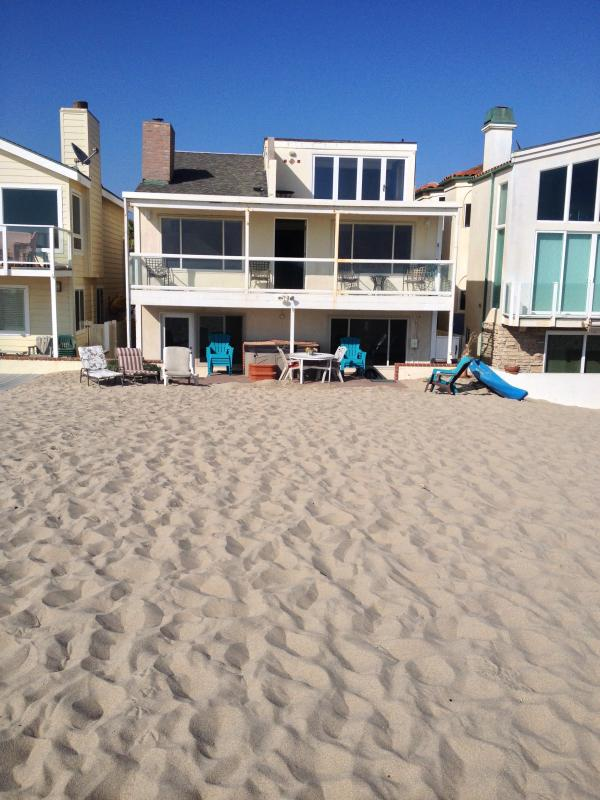 Ocean Front House Right on Sandy Beach