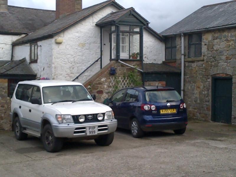 Halkyn Mountain Studio Apartment - Y Lloft, holiday rental in Bagillt