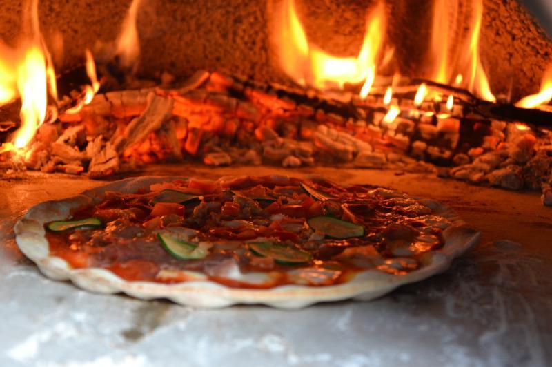 en nuestro horno de pizza