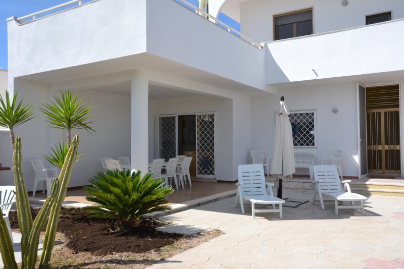 Villa Carlandra, location de vacances à Casalabate