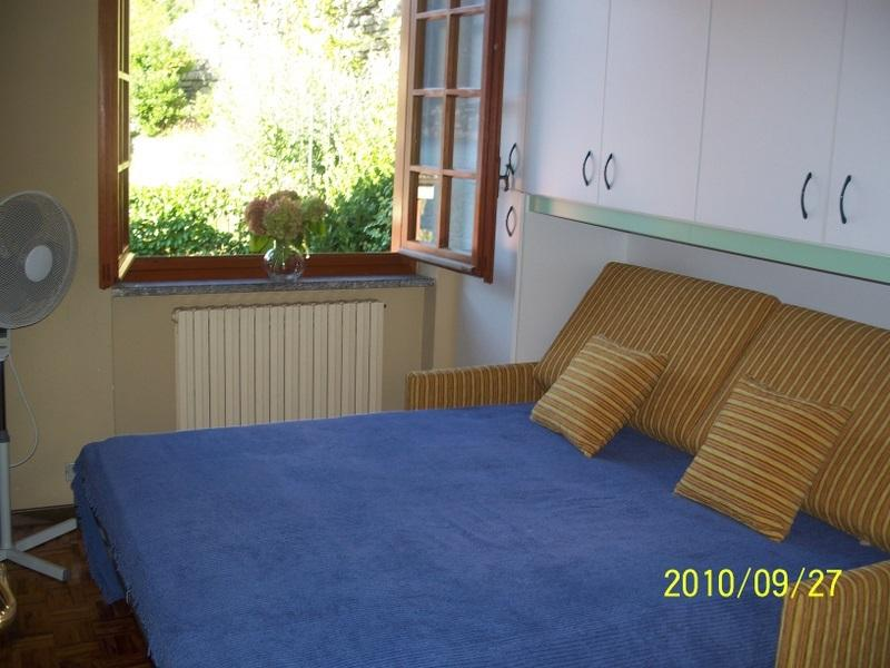 Villa has 2 pull out sofa beds 2 queen 4 twin beds