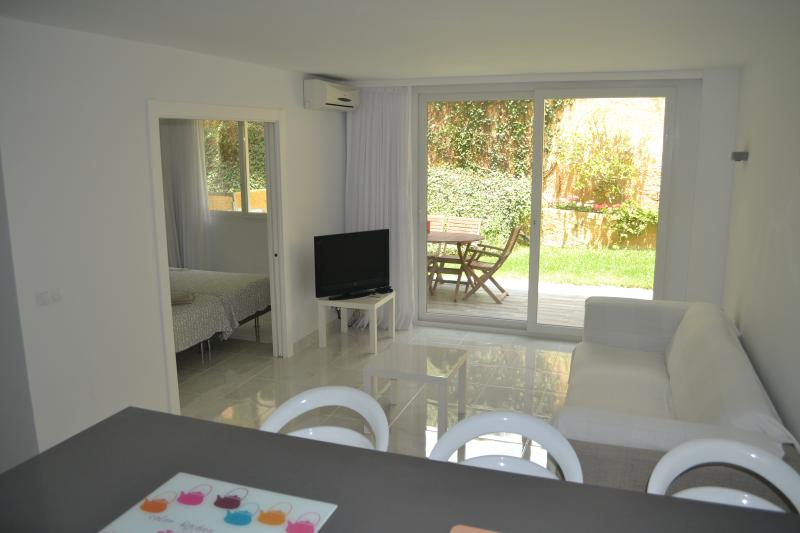 Canaima 1 Bedroom, holiday rental in Benalmadena