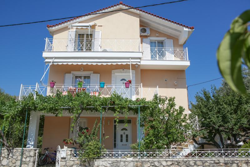 Casa de Calma, holiday rental in Argostolion