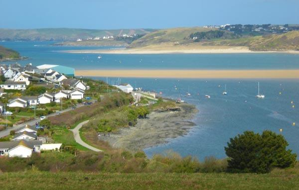 Padstow Cycle trail along the Estuary