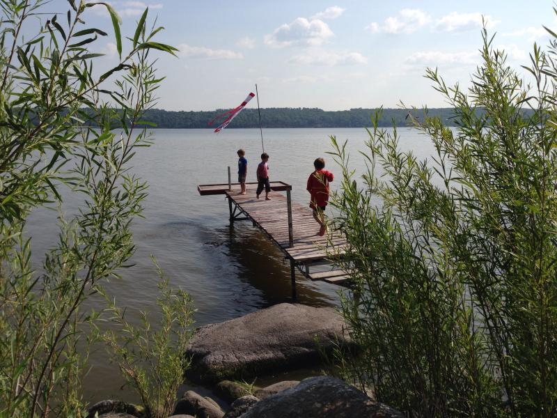 Rock Lake Suite, vacation rental in Pilot Mound