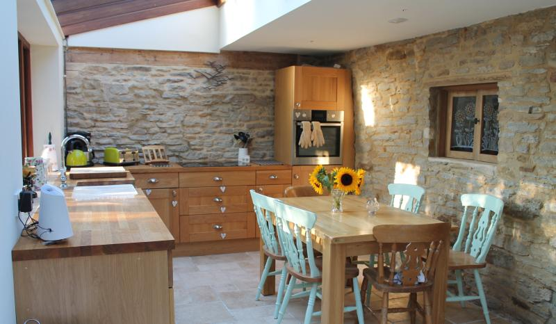 With a modern multi oven and induction hob and a great space,the kitchen is a true hub.