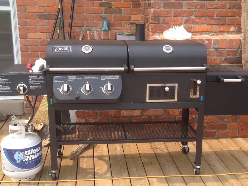 smoke hollow xl grill- propane/charcoal/smoker/searer extraordinaire