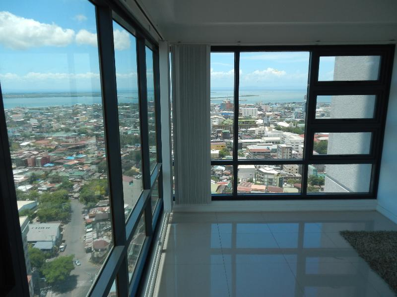 Living Room Views, Breath taking!  Floor to ceiling Glass, just spectacular 220 degree views.   Yes