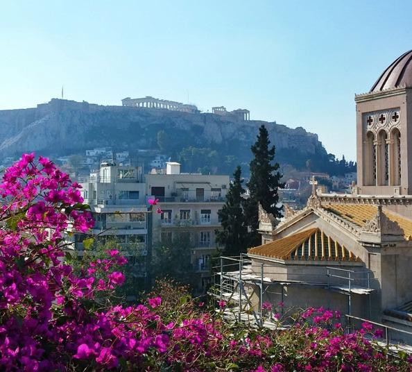 Welcome to the Center of Athens!, location de vacances à Kamatero