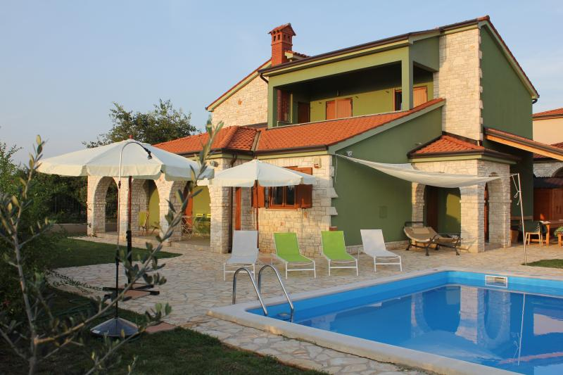 villa with private pool only for guests in a fenced compound . Share our casettafazana !