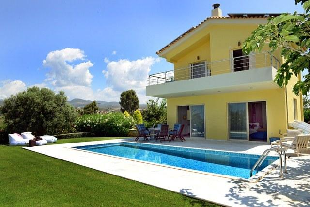 Citron Pale Luxury Villa, Dimitras Villas, Kalo nero beach, Messinia, holiday rental in Neochori