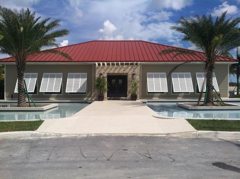 Clubhouse equipped, workout facility, movie room, sitting areas and more