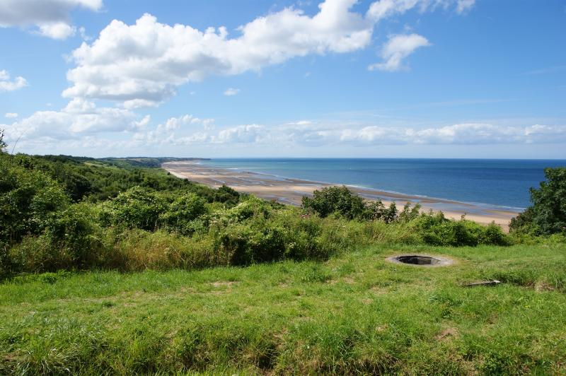 vue de la plage du DEBARQUEMENT OMAHA BEACH SAINT LAURENT SUR MER