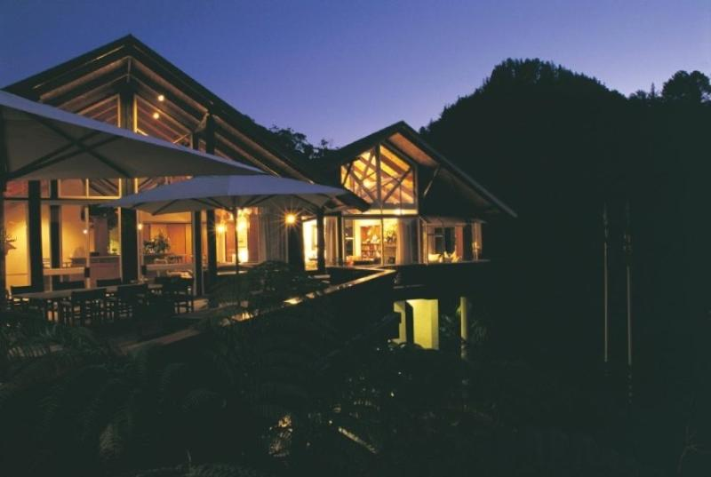 Indulge and relax at this luxurious Pauanui Beach resort