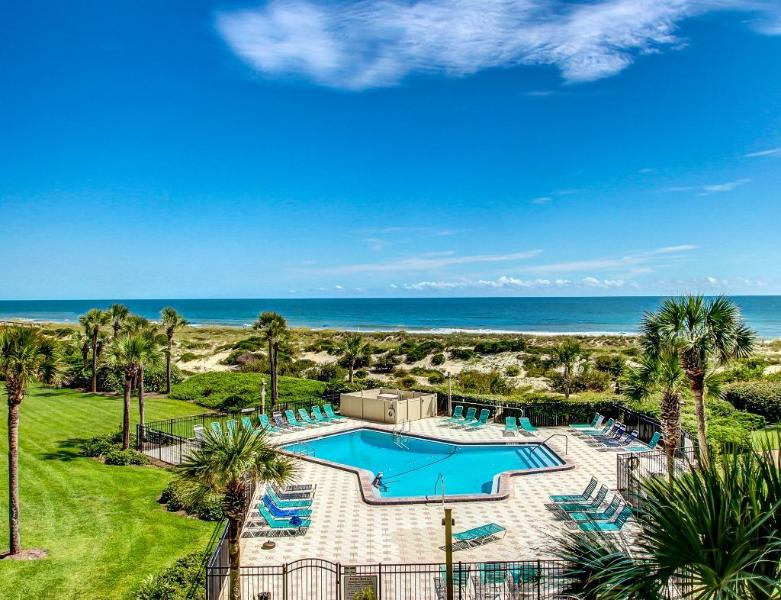 Immaculate, UPDATED Oceanfront Luxury Condo, holiday rental in Fernandina Beach