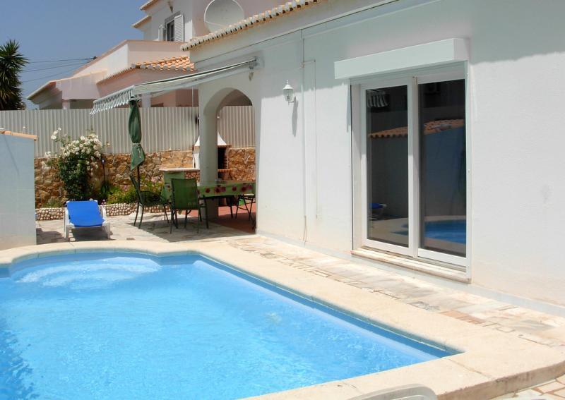 Vivenda FLANDRIA with pool, vacation rental in Poio