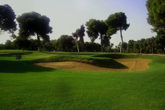 Villa Stefani - Golf course, only a 2 minute drive away! (Tennis courts also available)