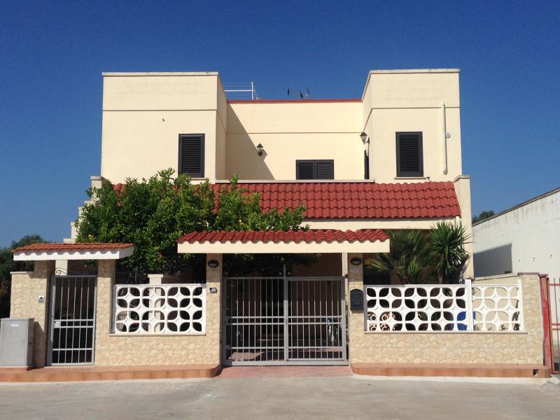Casa-Sarparea Salento 4****, holiday rental in Sant'Isidoro