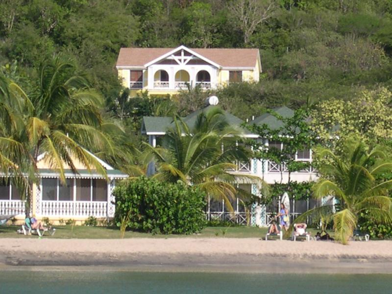 Allamanda - Walk to the Beach, vacation rental in Nevis