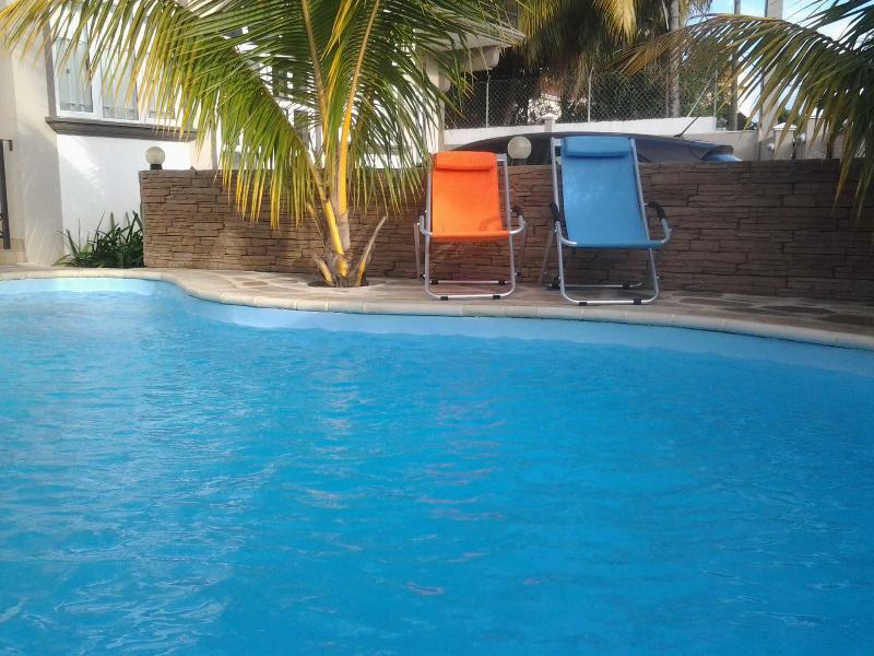 Twinsapartments Level2 - Emcca Apartment, holiday rental in Flic En Flac