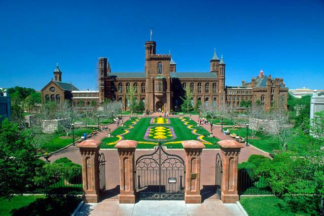 The Smithsonian Castle -11 Minutes Away