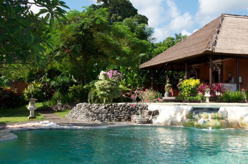 villa principal de la piscina principal