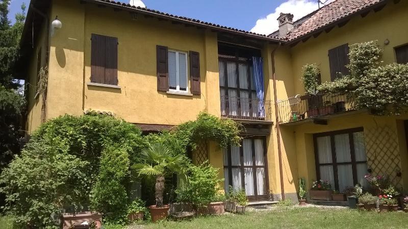 Una casa nei luoghi che ispirarono Leonardo Da vinci, location de vacances à Villa D'Adda