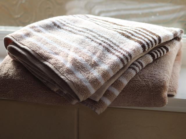 Clean fresh towels provided for each person, hand towel and bath towel