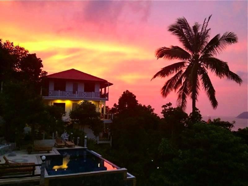 Viking House Villa Delux, aluguéis de temporada em Koh Tao