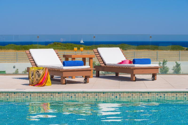 Greatland villas - Villa Vagia, vacation rental in Gennadi