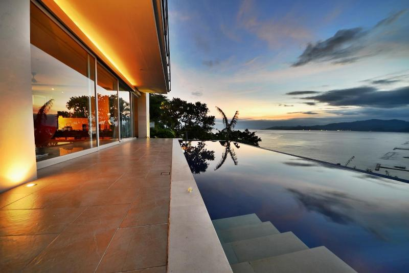Samuh Hill Residence, location de vacances à Candidasa