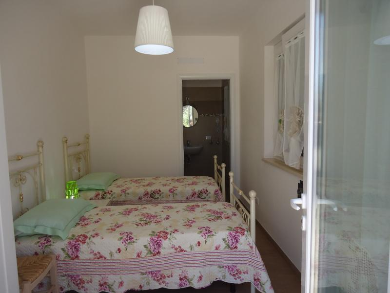 B&B OCEANO ANDRY, holiday rental in Cozzana