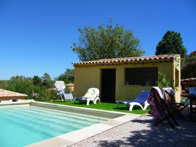 Maison piscine spa 8 personnes, holiday rental in Le Thoronet